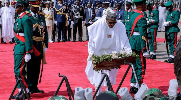 Buhari Lays Wreath for Fallen Soldiers