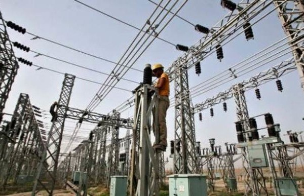Governors to partner TCN on improved power supply